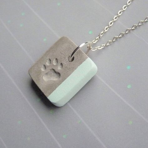 Similar Items like Necklace Concrete with Metallic Pattern – Oval Pendant – G … - Diy Necklace Deko