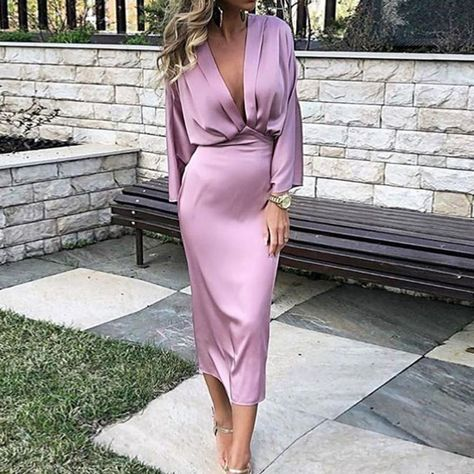 Pleated Mid-Calf V-Neck Nine Points Sleeve Plain Womens Sheath Dress online shopping mall, buying fashion dresses & rapid delivery. Start your amazing deals with big discounts! Elegant Dresses For Women, Beautiful Dresses, Elegant Dresses Classy, Classy Chic, Dress Up, Bodycon Dress, Dress Long, 80s Dress, Slit Dress