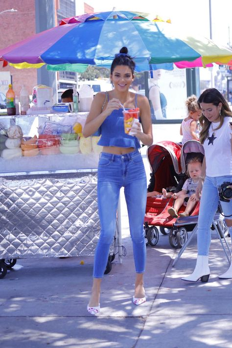 A member of the Kardashian-Jenner clan has worn an outfit sold at your local mall. Once that's done, you should totally check out Kendall Jenner's American Eagle denim ensemble (XXS-XXL;