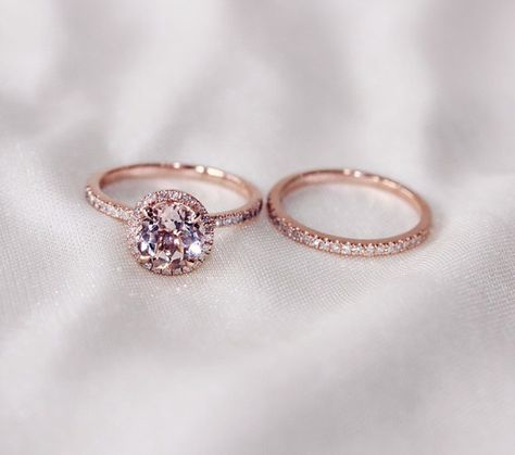 Discount!!  Two-Ring Set! Round Cut  7mm VS  Halo 14K Rose Gold Morganite Ring  SI/H Diamonds Wedding Band /Engagement Ring/ Promise Ring sur Etsy, 444,65€