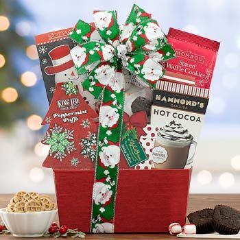 Holiday Treats Gift Basket In 2020 Holiday Treats Gifts Treat Gift Holiday Treats