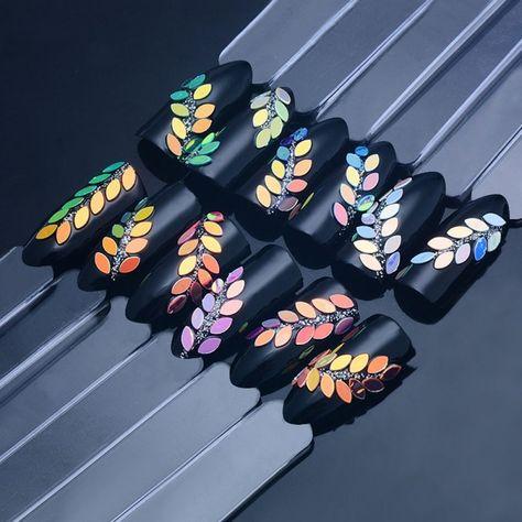 Multi Color holográfica clavo lentejuelas brillo Ojo de caballo en forma de deslumbrante clavo copos de Paillette manicura uñas de Arte de decoración -  #Arte #brillo #caballo #clavo #Color #Copos #Decoración #deslumbrante #Forma #holográfica #lentejuelas #manicura #MULTI #Ojo #Paillette #uñas