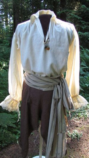 Pirate Shirts, Pirate Clothes, Pirate Outfits, Pirate Art, Pirate Crafts, Pretty Outfits, Cool Outfits, Homemade Pirate Costumes, Pirate Fashion