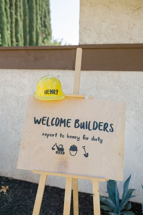 Welcome Builders Sign Construction Party Wood Party Sign Construction Party Favors, Construction Invitations, Construction For Kids, Construction Birthday Parties, Farm Birthday, 50th Birthday Party, Birthday Invitations, Birthday Banners, Lalaloopsy Party