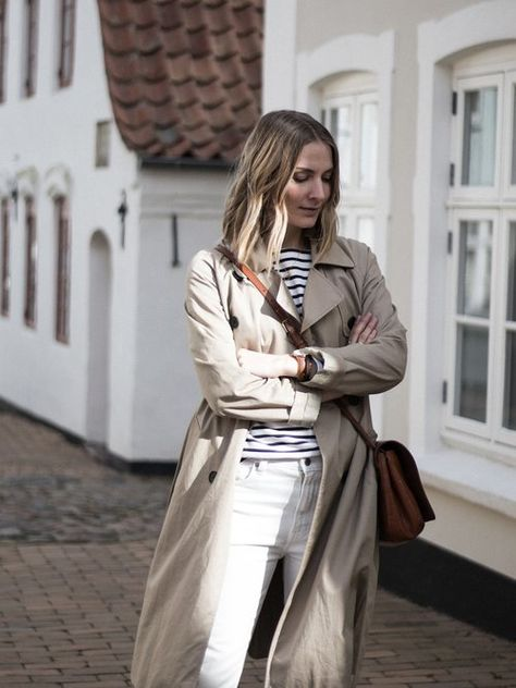 Week Of Outfits Series: A Week Of Versatile Capsule Wardrobe Outfits With Signe Hansen From Use Less // The Good Trade // #outfits #ootd #ethicalootd #sustainablefashion #ethicalfashion #ecofashion