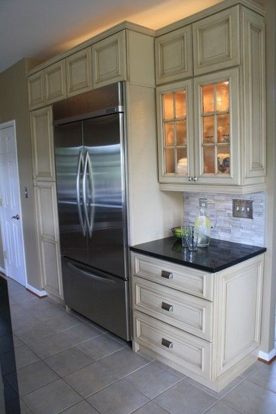 Maple Kitchen Cabinets Online Ivory Cabinets Tiled Back Splash