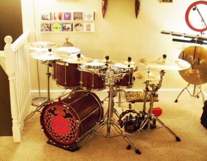 If I was a millionaire my mansion would have drum sets similar to this just all over the house! Lol seriously!