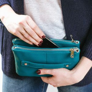 Street Style--carry it as a Clutch too!
