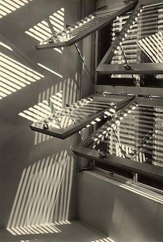 Focus Wells Coates bauhaus windows 1973 De Sede Terrazzo Sofa ( DAG Rotterdam ) A Book of Hand Woven Coverlets ( NYSL ) El Lissi.