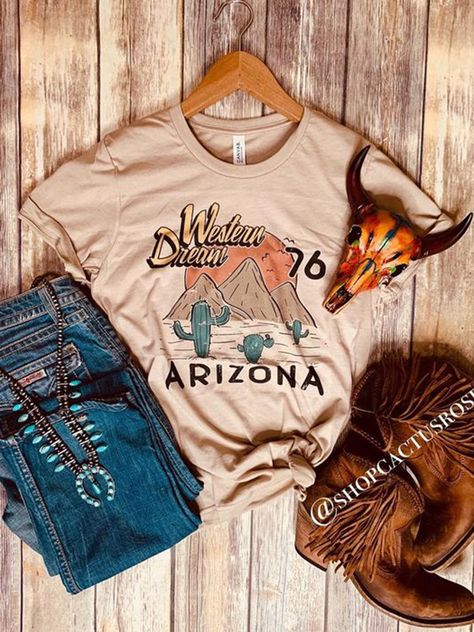 Apricot Jersey Printed Short Sleeve Shift T-Shirts is fashionable and cheap, come to Noracora to find out about the Clothing Country Style Outfits, Southern Outfits, Country Dresses, Western Dresses, Country Chic, Country Fashion, Country Roads, Western Chic, Western Wear