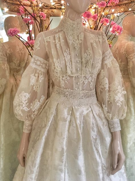 Edwardian lace wedding dress with a high neck blouse and silk skirt edwardian style lace wedding dress bridal separates with modest buttoned high neck long sleeve bodice and full silk damask skirt Edwardian Fashion, Vintage Fashion, Edwardian Style, Edwardian Dress, Pretty Dresses, Beautiful Dresses, Vintage Dresses, Vintage Outfits, Bridal Dresses