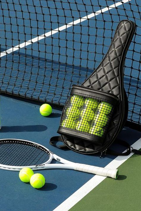 Tennis Outfits, Tennis Wear, Tennis Clothes, Tennis Pictures, Tennis Fashion, Athletic Gear, Rackets, Black Nylons, Tennis Racket