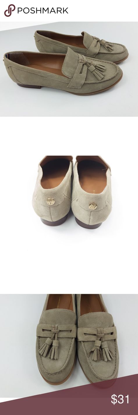 Tommy Hilfiger Round Toe Flat Loafers