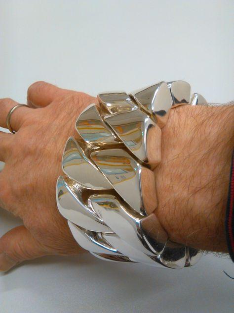 Shocking Huge Mens Bracelet