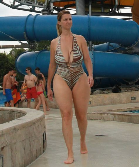 amateur mature woman in bathing suit