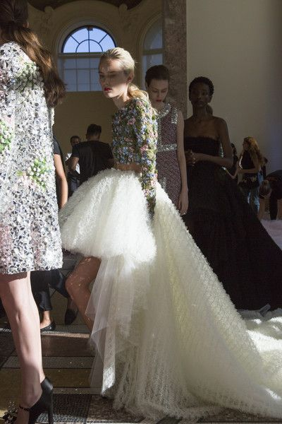 Giambattista Valli Couture, Fall 2017 - The Most Beautiful Backstage Photos From Paris Couture Week - Photos