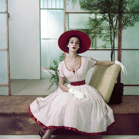 62 Super Ideas For Moda Vintage Fashion Outfits Polka Dots Vintage Fashion 1950s, Vintage Couture, Retro Vintage, Modern 50s Fashion, 1950s Fashion Women, 50s Inspired Fashion, 1950s Women, Fifties Fashion, Vintage Models