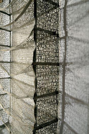 A Forca Do Delicado Trabalho De Pablo Lehmann P H O T O S Y N T H E S I S Artes Sustentabilidade Paper Art Paper Sculpture Art