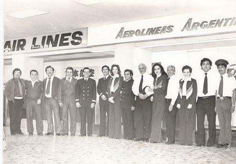 Staff de Aerolíneas Argentinas en Aeropuerto de México Nov-1973