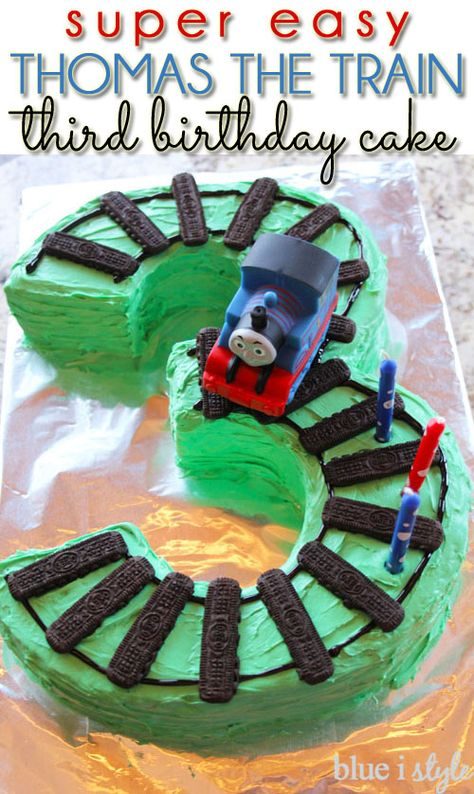 SUPER EASY Thomas the Train birthday cake with train tracks in the shape of the number 3 for a third birthday!: - Two Super Easy Train Cake Options Thomas Birthday Cakes, Thomas Birthday Parties, Thomas Cakes, Thomas The Train Birthday Party, Trains Birthday Party, Cool Birthday Cakes, Train Party, Birthday Ideas, Thomas The Train Cakes