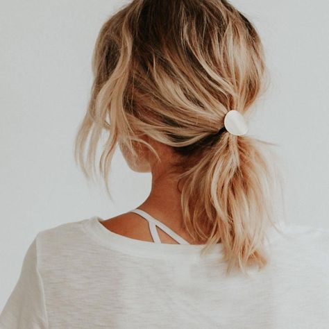 Brass Pony Tail Cover Modern Hair Tie Cover Metal Hair Accessory Metal Ponytail … - All For Hairstyles DIY Modern Hairstyles, Messy Hairstyles, Cute Fall Hairstyles, Shoulder Length Curly Hairstyles, Simple Hairstyles For Medium Hair, High Pony Hairstyle, College Hairstyles, Japanese Hairstyles, Asian Hairstyles