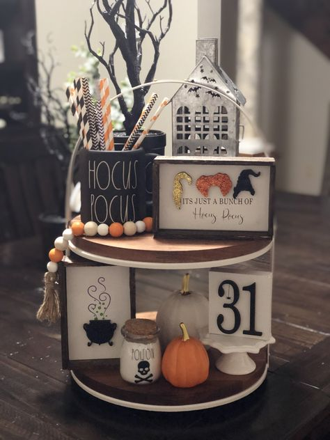 Rae Dunn inspired/Disney Hocus Pocus Tiered Tray w/ potion jars Halloween Home Decor, Cool Halloween Costumes, Fall Home Decor, Holidays Halloween, Fall Halloween, Halloween Crafts, Fall Crafts, Halloween Table, Halloween Signs