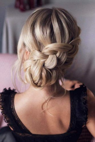 55 Incredible Hairstyles For Thin Hair Lovehairstyles In 2020 Hair Styles Strapless Dress Hairstyles Medium Length Hair Styles