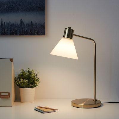 Flugbo Lampe De Table Couleur Laiton Verre Ikea En 2020 Lampes De Table Verre Ikea Lampe De Chevet Design