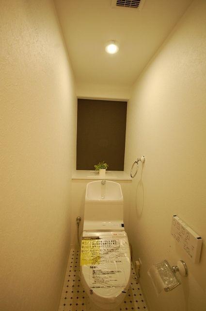 ドアと床があたらしい インダストリアル風のマンションリフォーム 埼玉
