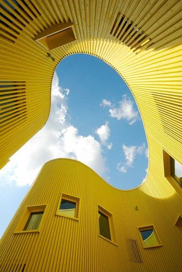 print-n-pattern:    a nursery school in sweden, so pretty.