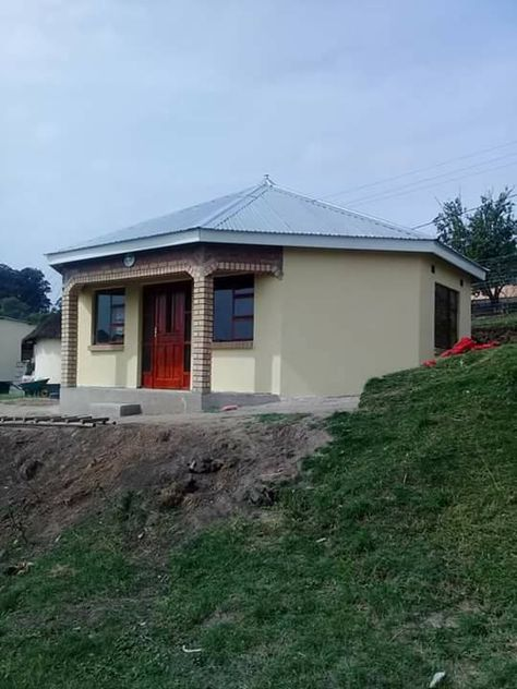 Idea By Fundiswa Sayo On Rondavels House Plans South Africa House Plan Gallery Beautiful House Plans