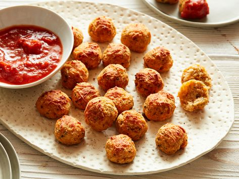 Recipe of the Day: Keto Cauliflower Pizza Bites | Who says you can't have pizza when you are living the keto lifestyle? These protein-packed cauliflower bites are cheesy and filled with the same flavors you'll find in a classic slice.