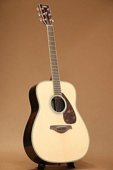 Yamaha Guitar Jack Plate Yamaha Guitar With Amp Guitarvideo Guitarrist Yamahaguitars Yamaha Acoustic Guitar Acoustic Guitar Yamaha Guitar