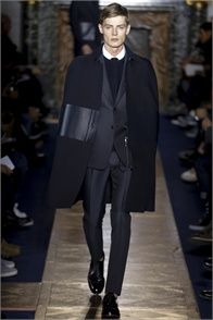 Valentino - click on the photo and flip through complete collection on Vogue.it