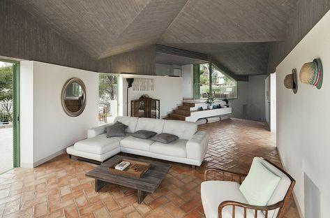 Gallery of Baladrar House / Langarita Navarro Arquitectos - 13