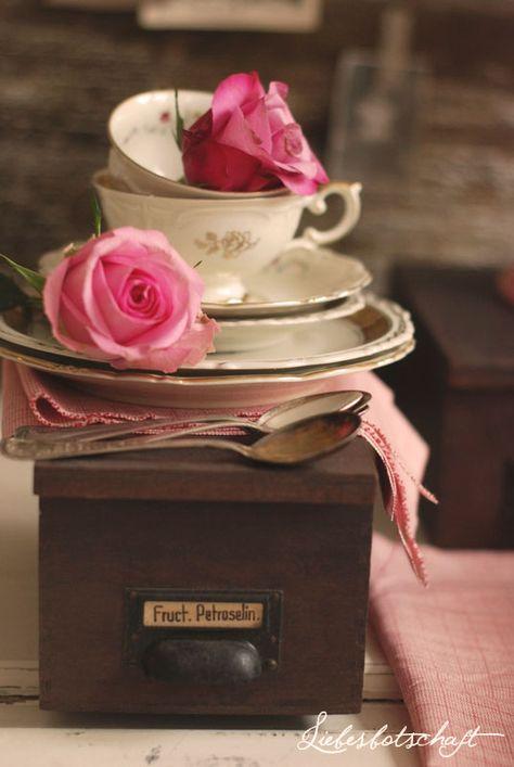Liebesbotschaft: Vintage-tea-party