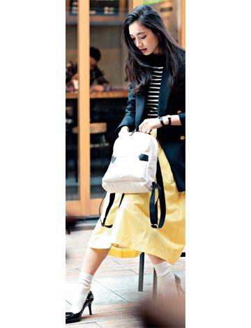 ジャケットとソックスのトラッドコーデ イエロー ファッション ファッションスタイル ファッション