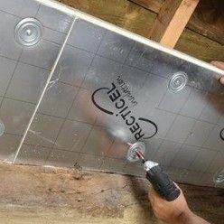 Isoler Une Toiture Par L Interieur Avec Des Panneaux De Polyurethane Toiture Isolation Toiture Panneau Isolant Toiture