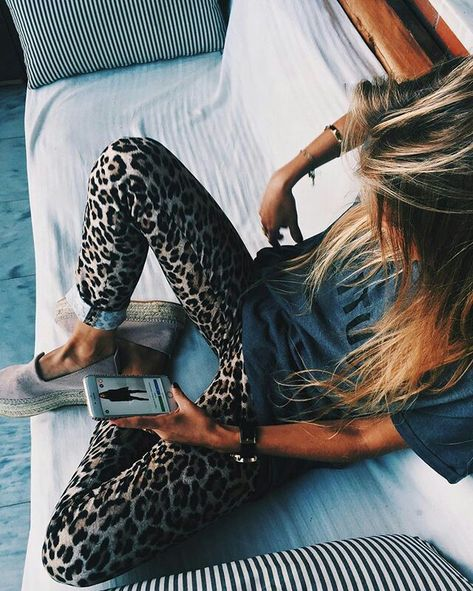 Street style, sexy outfit, spring chic, summer chic, leopard leggings, gray tee, espadrilles
