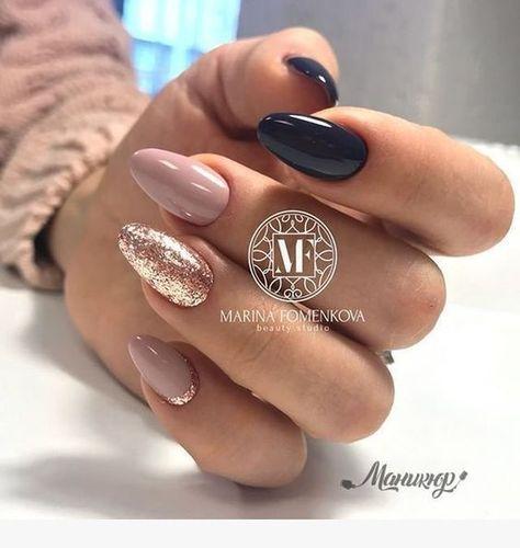 Nägel Designs die Sie vielleicht ausprobieren möchten    Nails -       winternails #autumnnails #nailsdesignautumn #lovenails #howtodonails #nagelgel #coolnaildesigns #simplenails #simplenaildesign