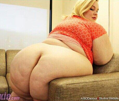 Selfie lesbian maid
