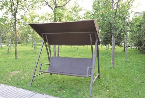 Swing chair made of metal frame + 160g polyester canopy + PE