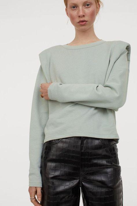 HM Shoulder-Pad Sweatshirt