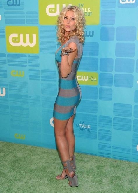 Chatter Busy: Aly Michalka Engaged (Engagement Ring) in