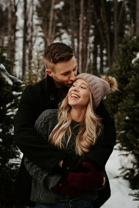 This cozy Christmas Tree Farm Couple Session was everything a winter engagement needs! If you are planning an Oregon Christmas Tree Farm photo shoot of any kind, make sure to check out this session for all the inspiration.