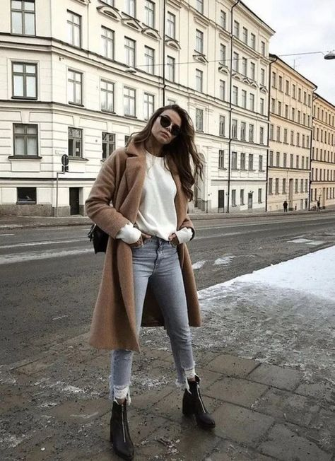 √30 Gorgeous Fuzzy Sweater Outfits You Need This Winter #winteroutfits #fashionoutfits #womenoutfits | andro.com