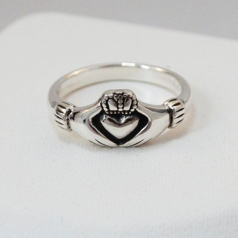 Ladies Claddagh Ring Puffed Silver Thick Band Sizes 4-10 Made in Ireland