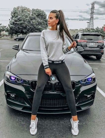 Top Luxury Cars Women Are Most Attracted To In 2020 Dream Cars Fantasy Cars Fancy Cars