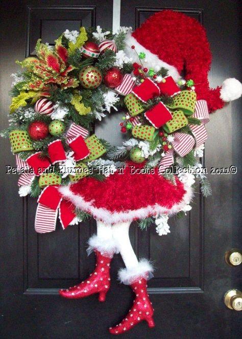 """Santa Diva"" Christmas Wreath"