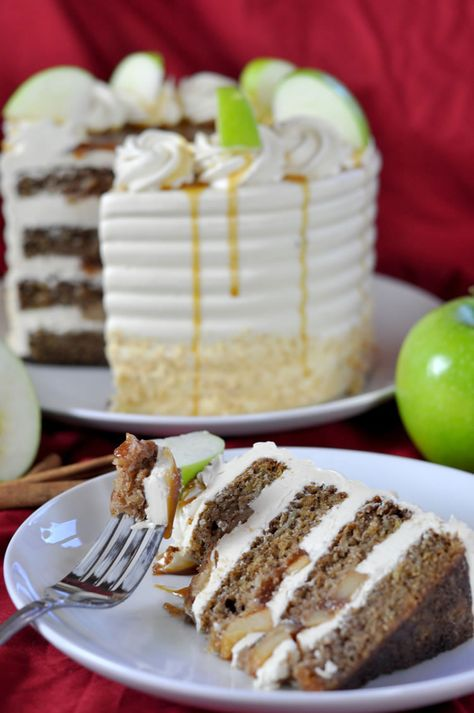 This may be the best cake EVER! Caramel Apple Cake!